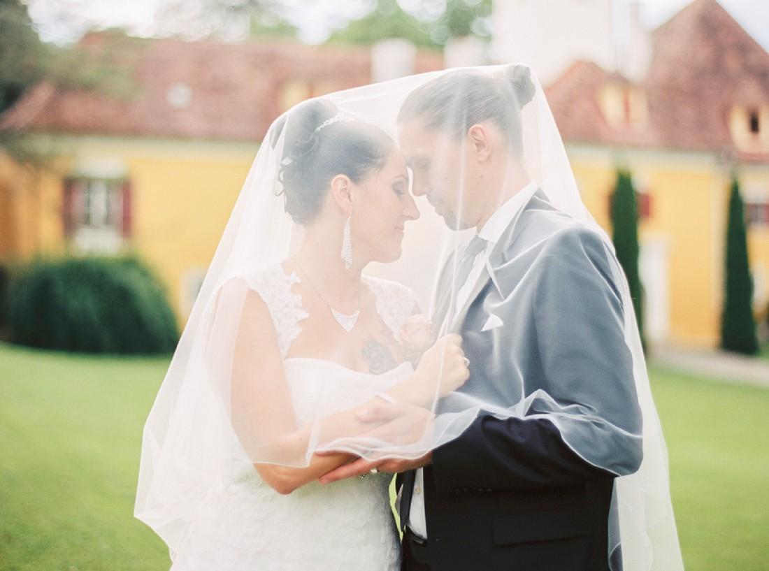 Hochzeitsfotos, Dorelies Hofer, Wien, Stiermark, Schloss Ottersbach, Hochzeitsfotografin